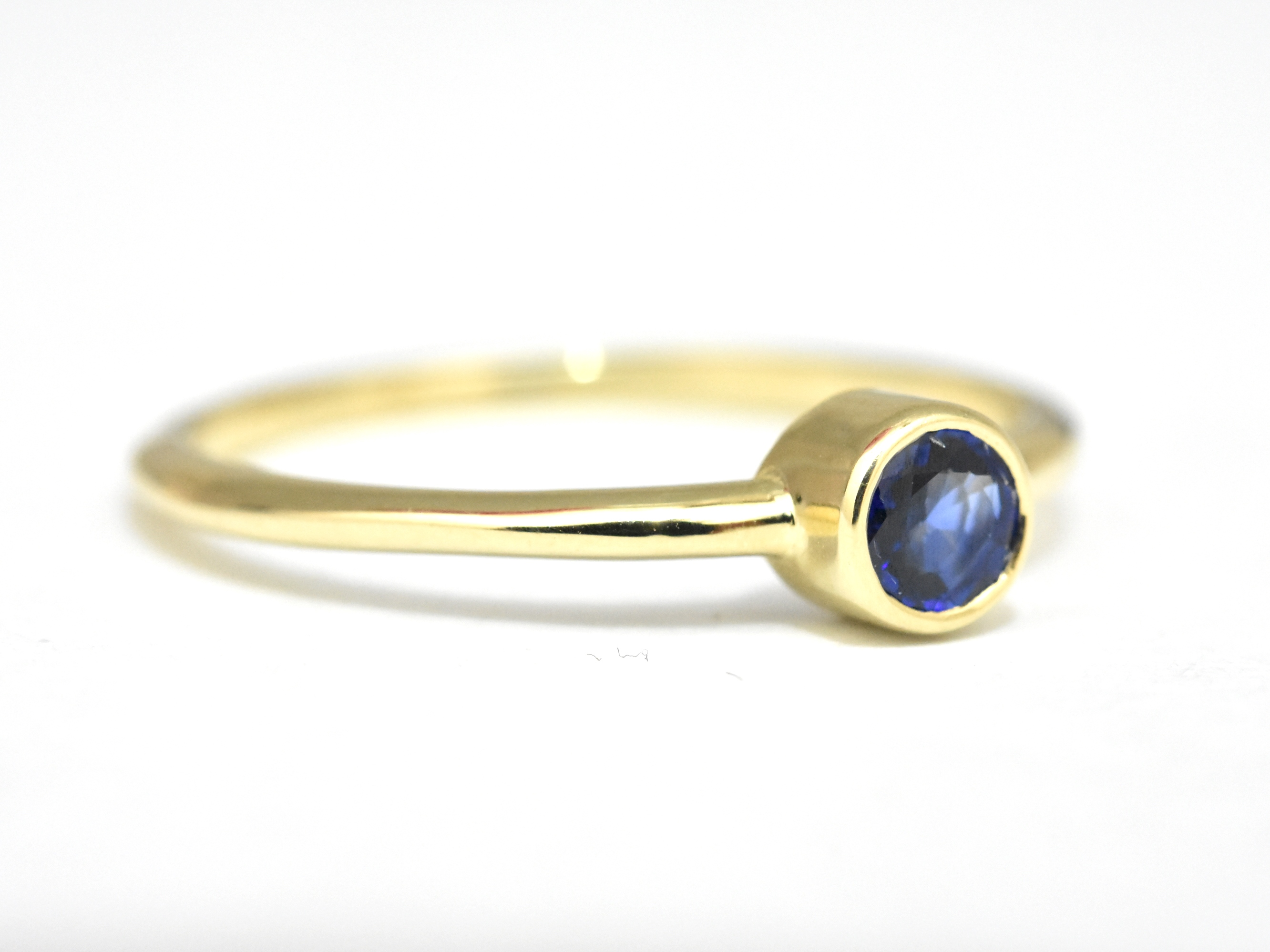 engagement gold brilliant round sapphire ring with yellow two diamonds cut vintage rings
