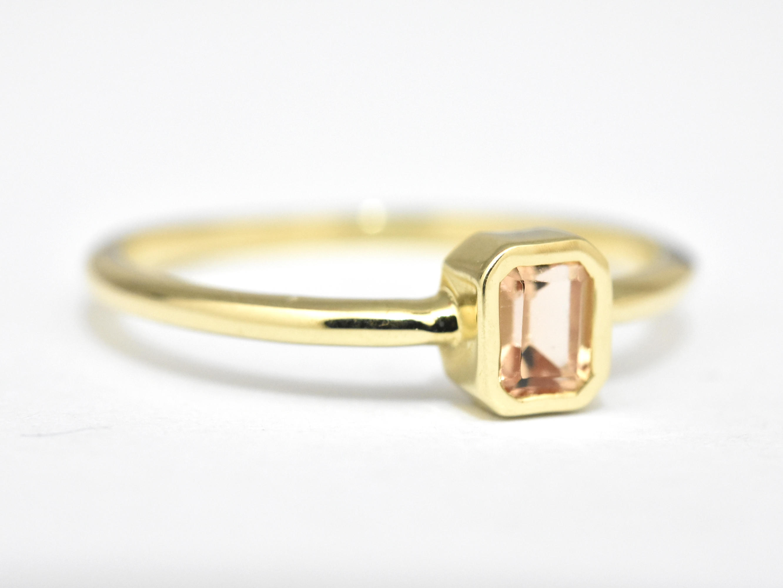 Peach Topaz Gold Ring - nature shiny